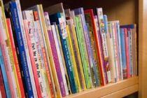heartfelt-bookshelf